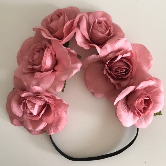 Forever 21 Accessories - Flower crown headband cb5735ba759
